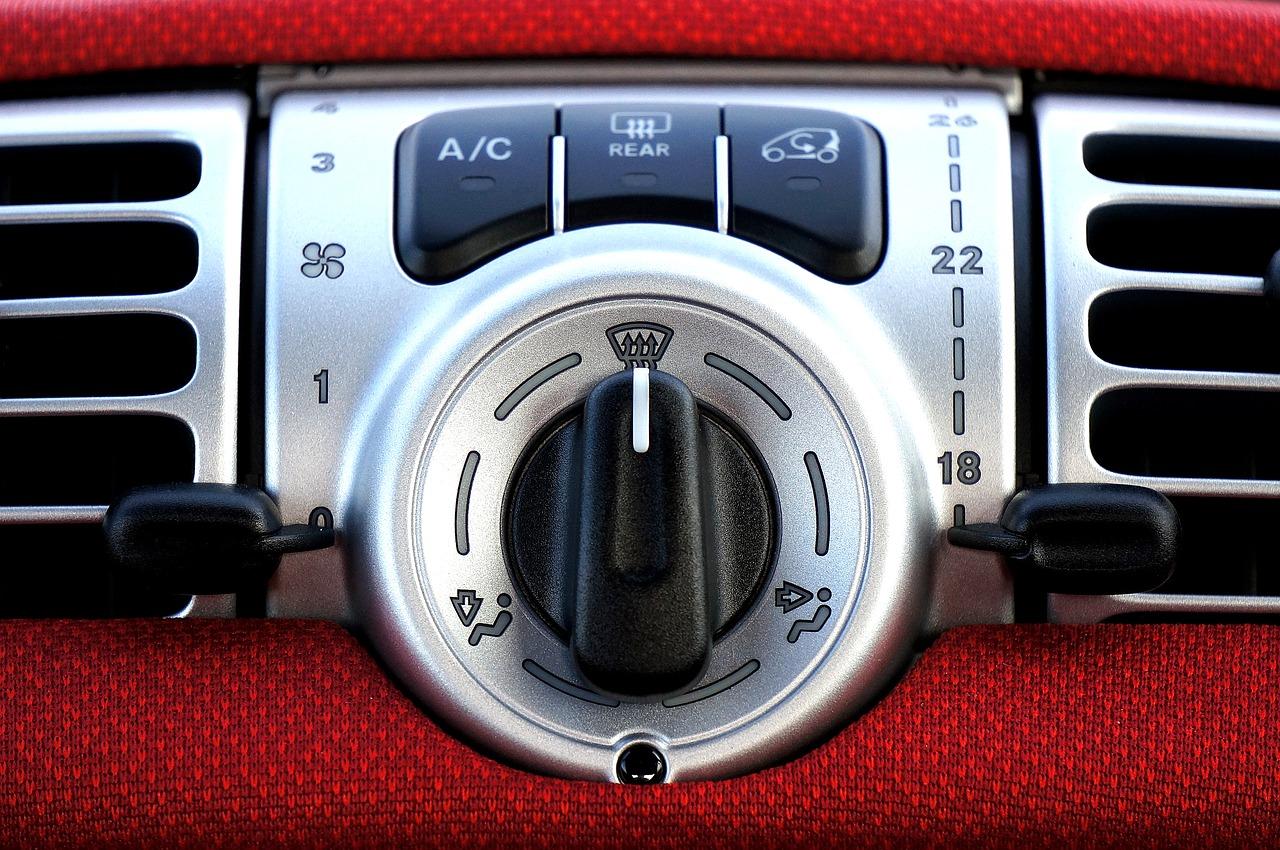 Komu zlecić odgrzybianie klimatyzacji w samochodzie w Poznaniu?